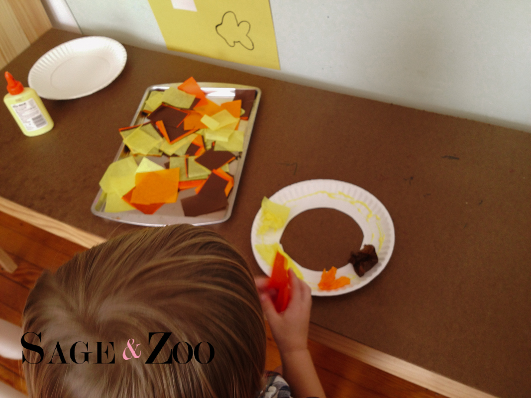 Lion Craft for Toddlers- adding the paper